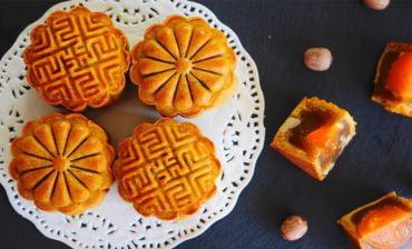 Bánh trung thu tươi và truyền thống có gì khác biệt?